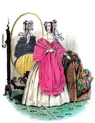 Romantic era costumes. Biedermeier fashion. Victorian costume.