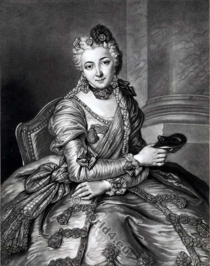 Anne d'Arpajon. French Rococo Costume. Louis XV fashion.