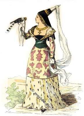 Chatelaine. La mode du moyen âge. Vêtements du 14ème siècle.