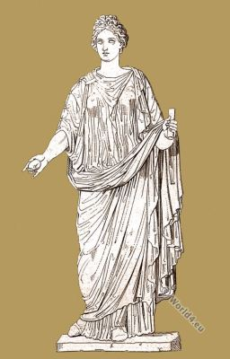 Annia Aurelia Galeria Lucilla. Roman empire. Ancient costume. Roman sculpture.