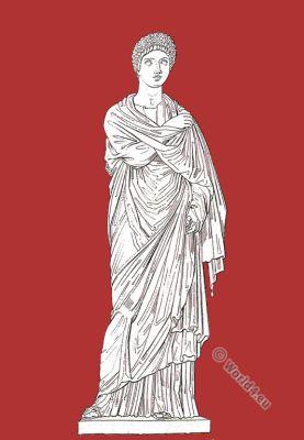 Statua Femminile. Statue de Femme. Ancient Roman costume