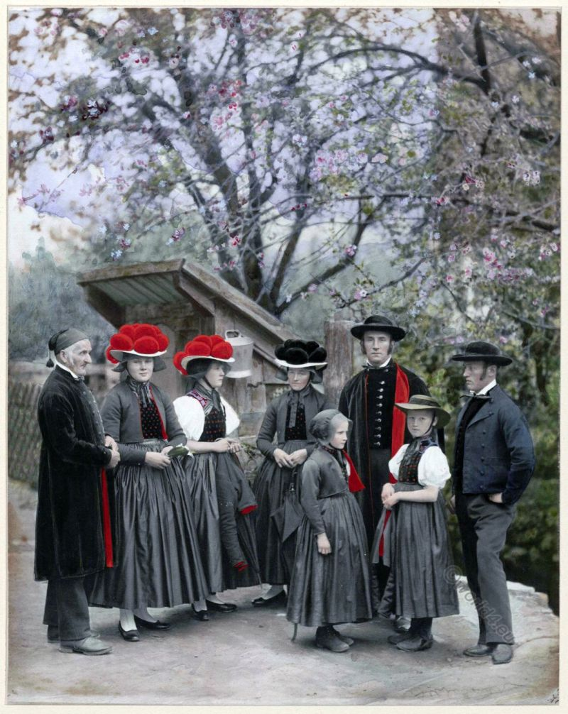 Residents of the village Gutach in the Black Forest, Wolfach office around 1900.