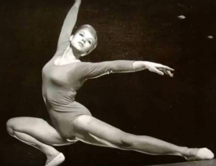 Muriel Davis Grossfeld