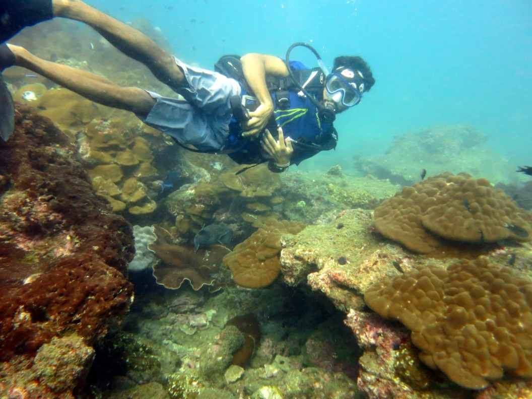 diving netrani india crew member