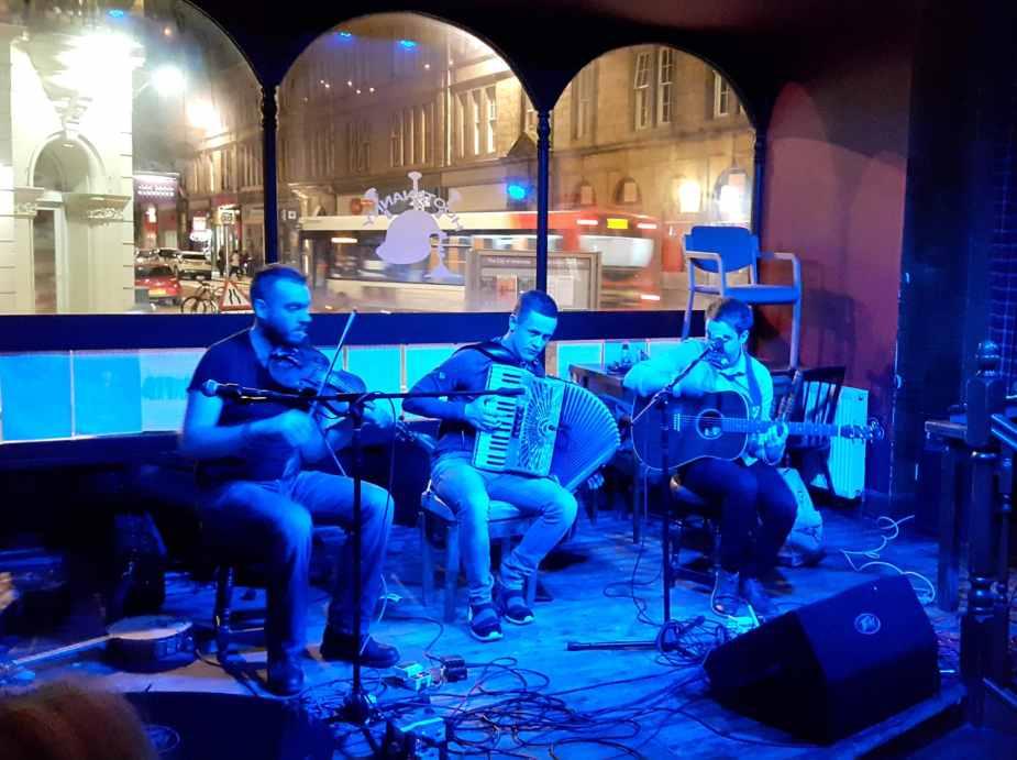 Folk music pub Inverness Highlands Scotland