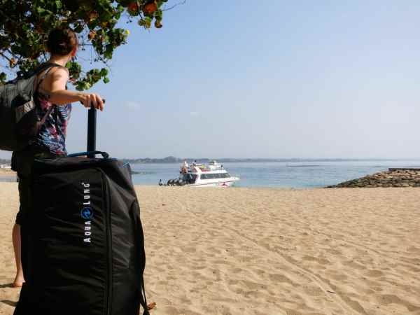scuba diving bag - fast boat from Sanur Beach to Nusa Lembongan Bali