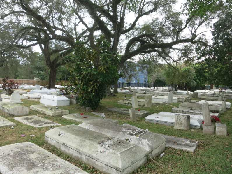 Bamahian cemetary Coconut Grove Miami videoclip Thriller