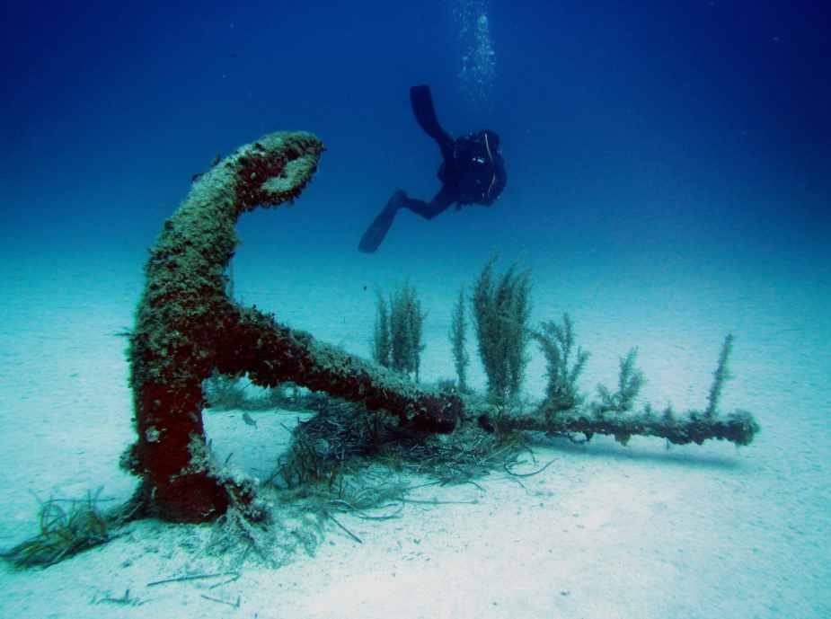 rosy anchor wreck diving Malta