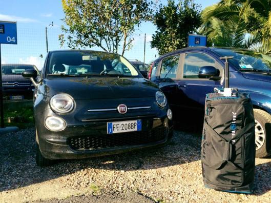 scuba diving bag - My Italian car for the weekend in Capodacqua
