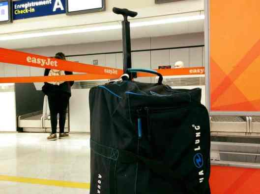 scuba diving bag - Early start for an express diving trip to Italy