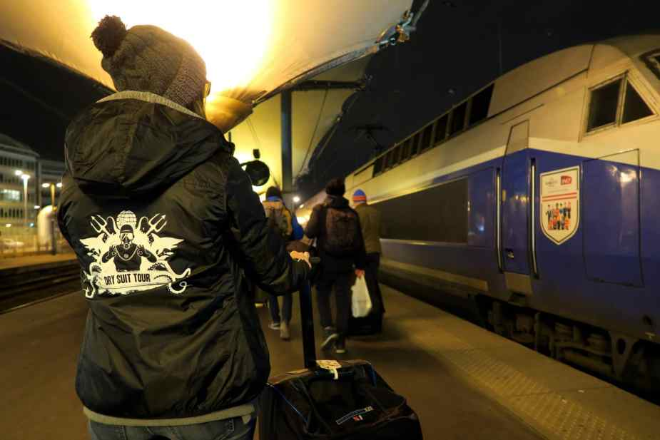 TGV Night train Paris to the French Alps - local diving