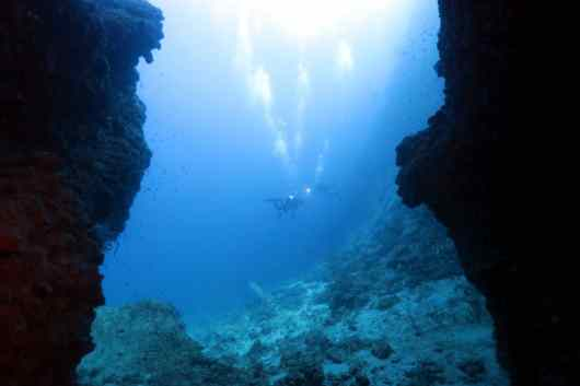 Scuba diving Manza Dream Hole Okinawa Japan