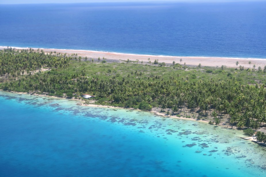 Manihi Atoll from the sky