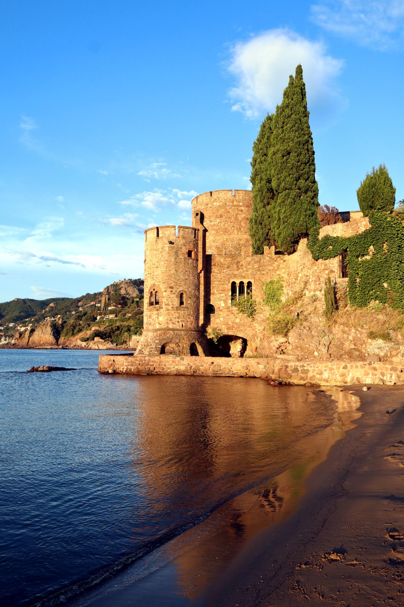 La Napoule Castle on the beach of Mandelieu