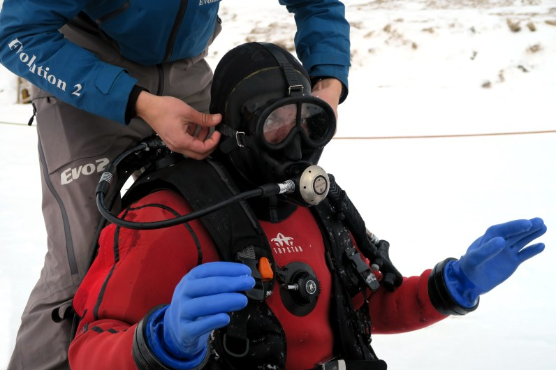 ice diving Val Thorens French Alps