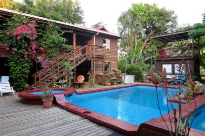 Mango Inn: your accomodation with Utila Dive Center