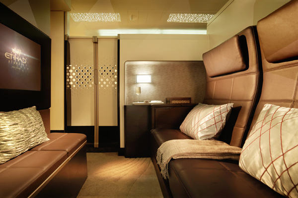 Etihad Airways unveils its new Airbus A380 and Boeing 787