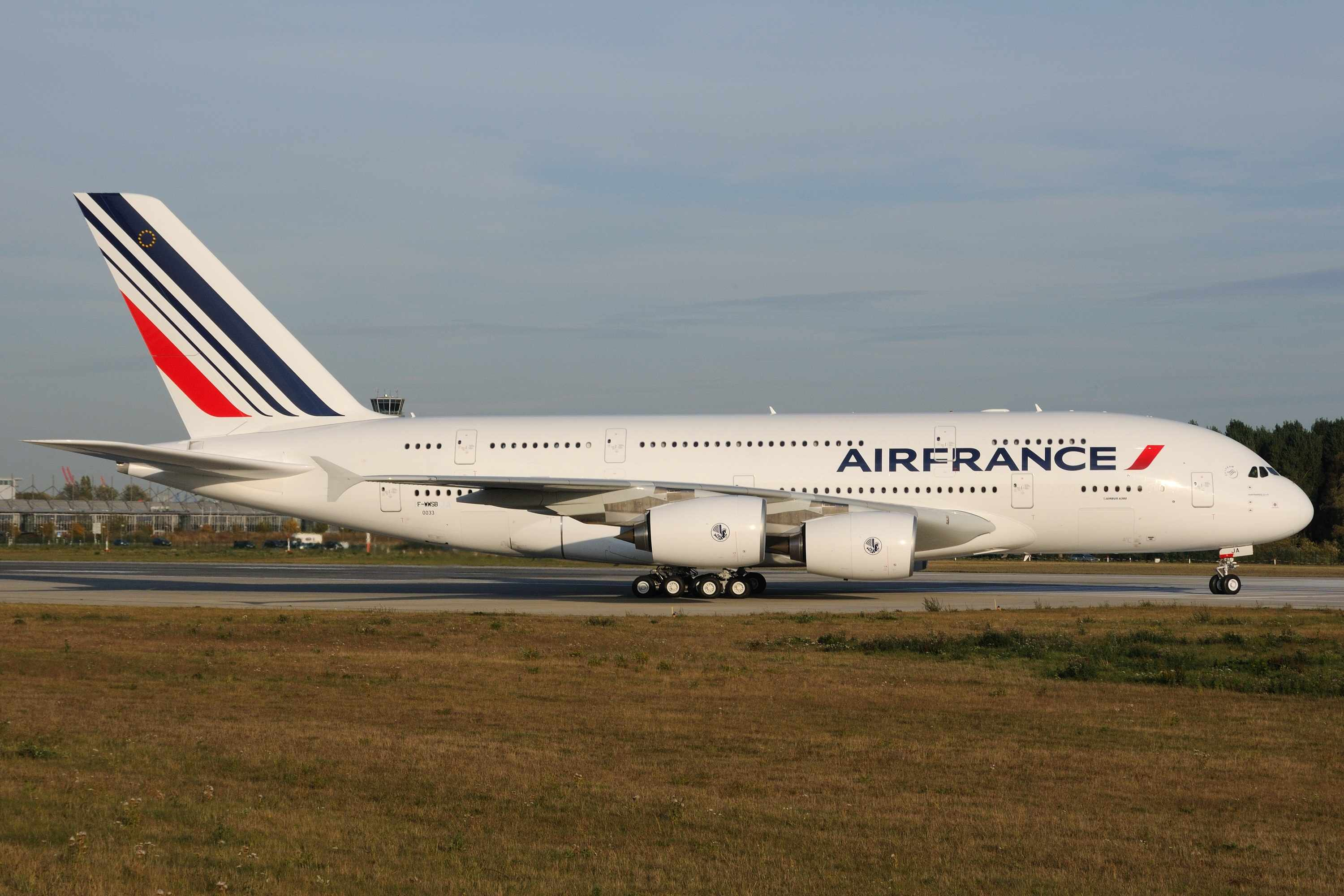 Air france to bring a380 to paris orly nov 11 world for A380 air france interieur