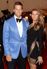 best-tom-brady-and-gisele-in-a-revealing-anthony-vacarello-dress-made-the-met-date-night