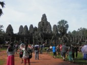 Popular temple = crowds
