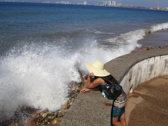 Waves thundering along the edge of the Malecon.