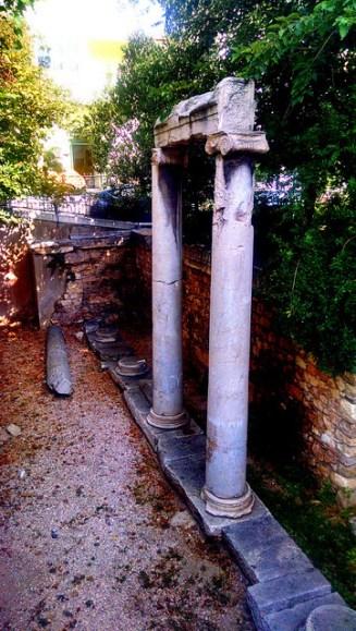Excavation at Agia Aikaterini.