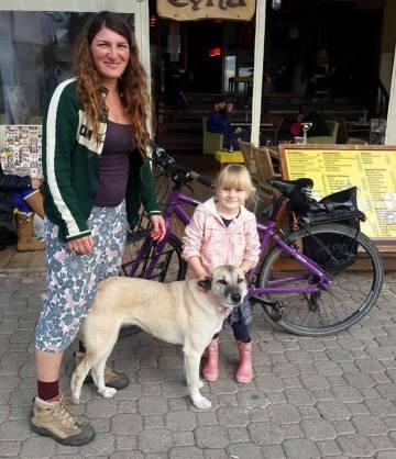 Ishbel Lucy and Lottie