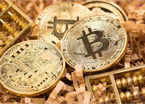 Why You Should Invest in Cryptocurrency