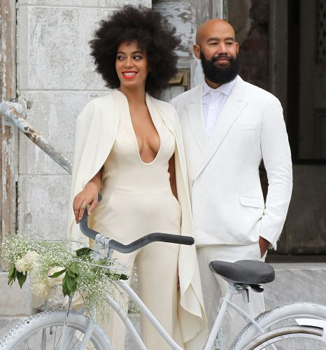 Solange rocks an Afro during her chic wedding.
