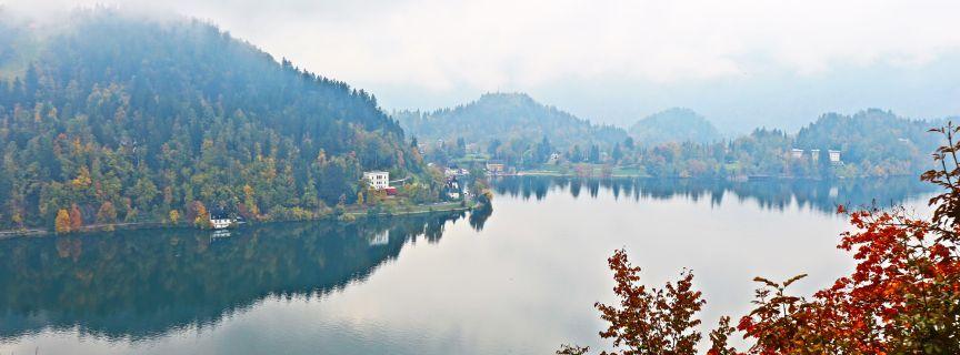 Gar net mal so bled wie's klingt: Burg Bled und Bleder See
