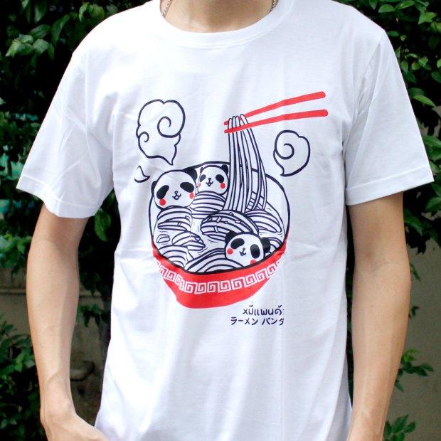 「ラーメンパンダ」Tシャツ 着用イメージ