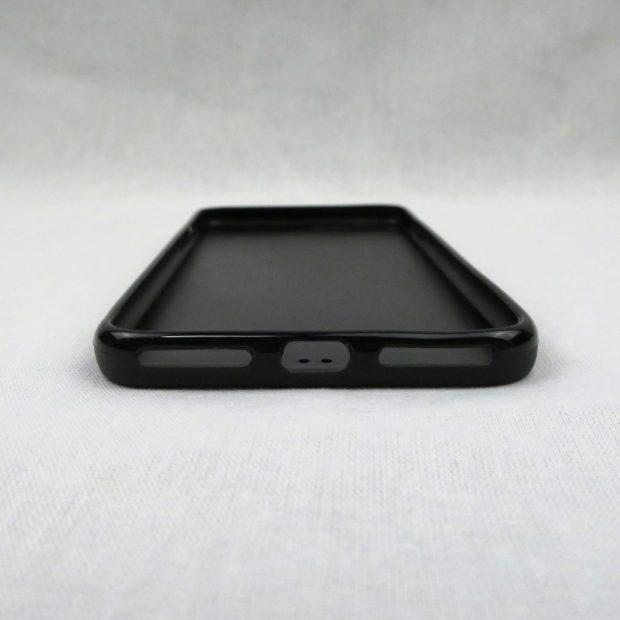 iPhone 7 Plus、iPhone 8 Plus用ケース 下部