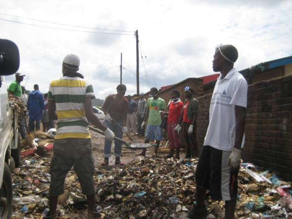 world-faith-malawi-members-up-for-the-city-cleaning-exercise