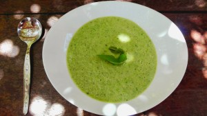 Cold spicy cucumber and pea soup