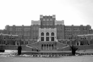 """Little Rock Central High School"" by Steve Snodgrass is licensed under CC BY 2.0"