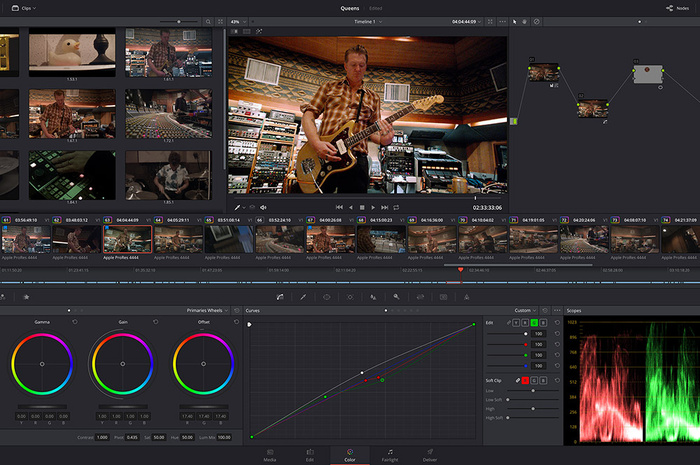 DaVinci Resolve Studio 17