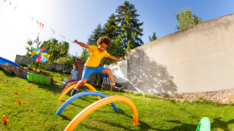 6 Safe Outdoor Activities for an Only Child During Quarantine