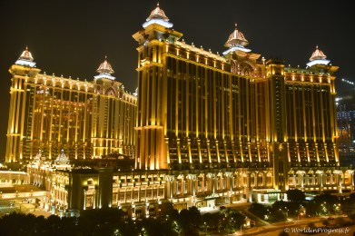 2014-10-15 02-05-28 Macao