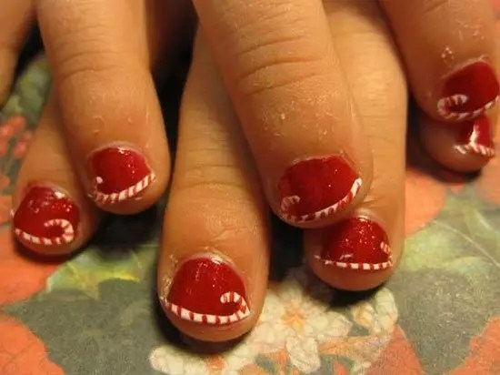 15 Simple Easy Christmas Nail Art Designs Ideas