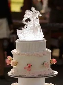Fairytale Wedding Cake For a Fairytale Wedding A Dream Come True For Every Bride To Be  World