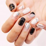 eye-catching abstract manicure