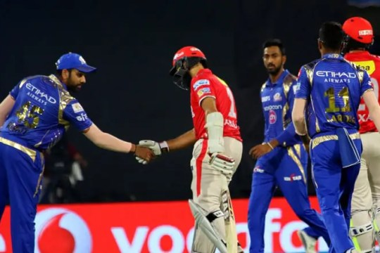Rohit Sharma of Mumbai Indians greet Hashim Amla