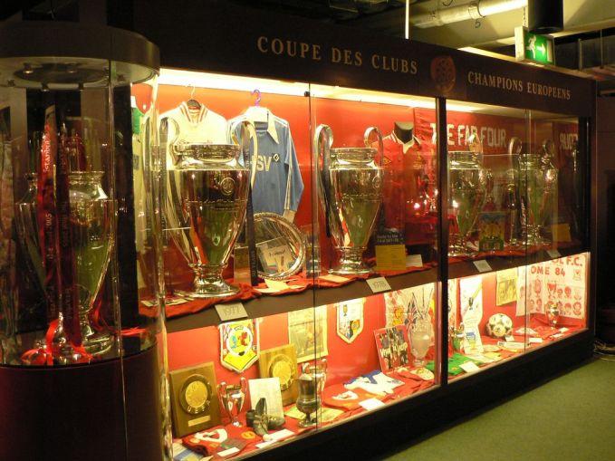 Lfc Trophy Cabinet