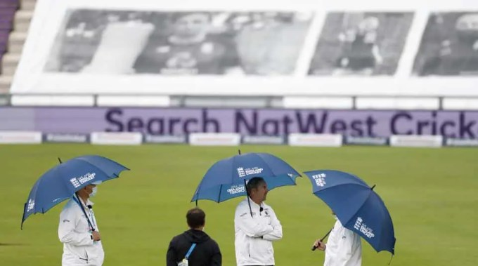 Rain Delays Dampen The Return Of Test Cricket