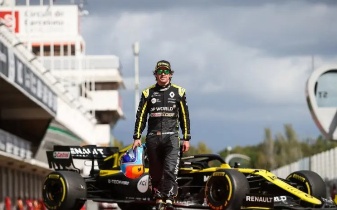 Fernandoalonso Will Be Making A Return To F1 In 2021