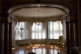 Casa Loma - sitting room