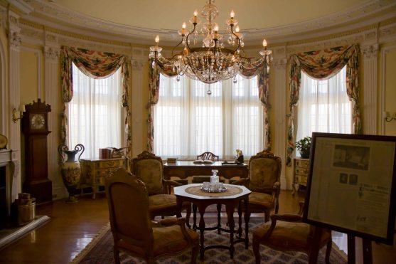 Casa Loma - meeting room