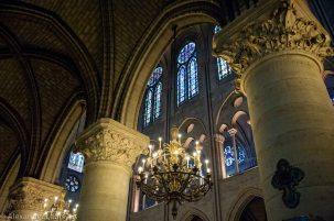 Notre-Dame interior columns