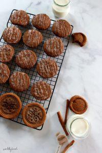 chewy pumpkin snap cookies