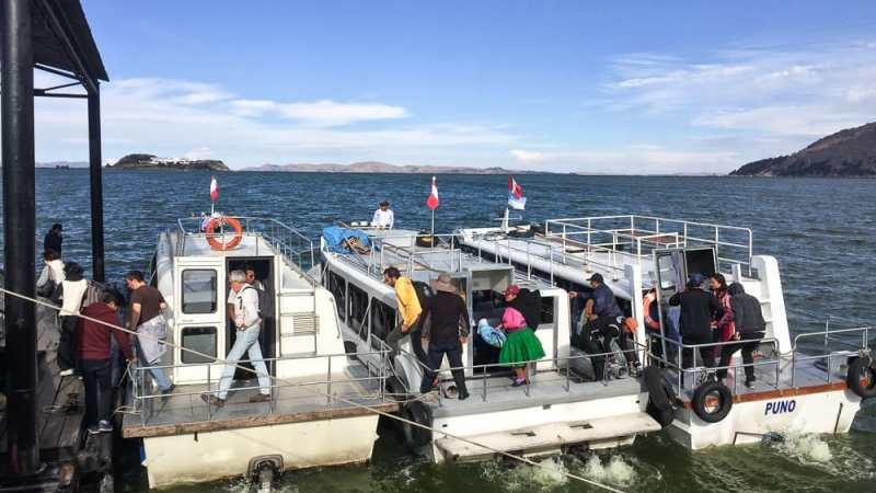 puno water taxi to uros islands